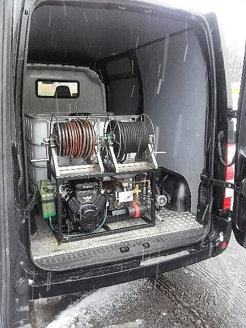 zabudowa wuko na samochodzie renault master wukokret pogotowie kanalizacyjne szczecin
